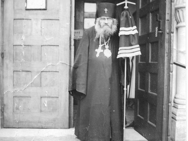 Six rencontres avec saint Jean de Changhai