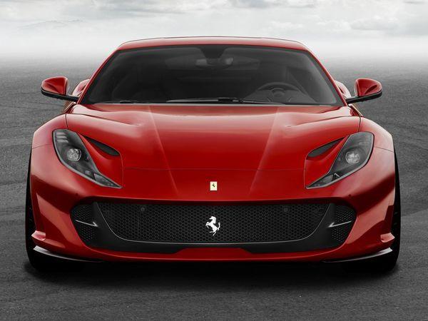 Automobile : La nouvelle Ferrari 812 Superfast sera au salon de Genève