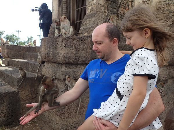 Bienvenue au temple Phra Prang Sam Yot !