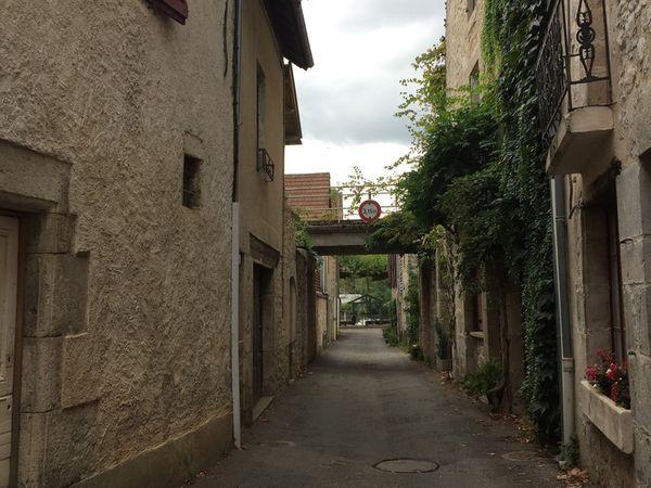 Cajarc centre et eglise Saint Etienne