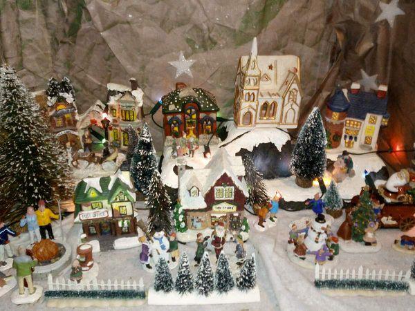 Le village de Noël, avec son et lumières!