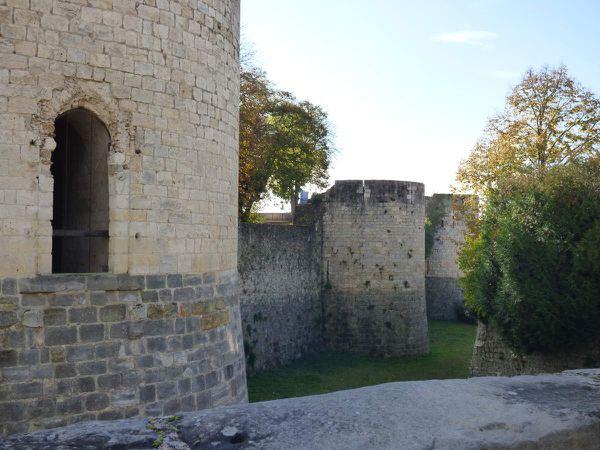 Le donjon et les tours