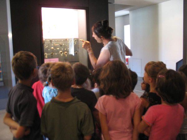 Atelier enfants confection de perles (étain, ambre, stéatite..)