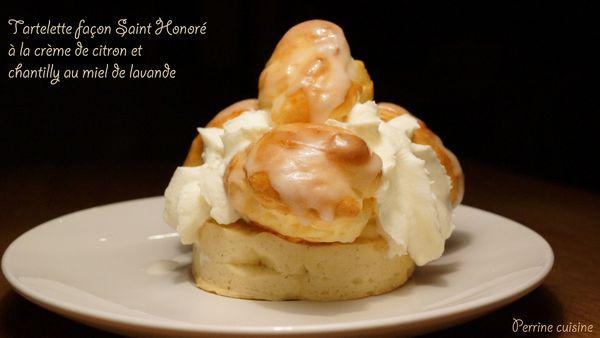 Tartelette façon Saint Honoré à la crème de citron et chantilly au miel de lavande