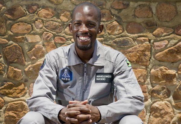 Le sud-africain Mandla Maseko, premier Africain noir dans l'espace