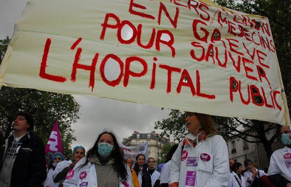 Tract unitaire : &quot&#x3B;Notre Santé en Danger !&quot&#x3B;