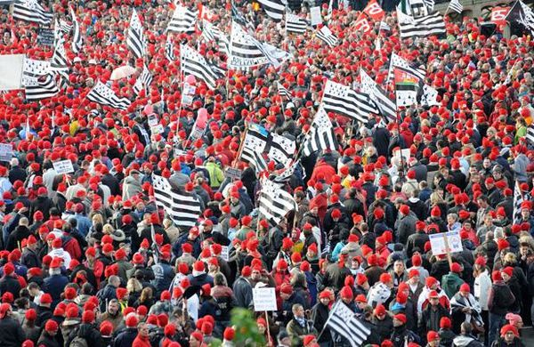 Des éleveurs bretons qui n'approuvent pas les &quot&#x3B;Bonnets rouges&quot&#x3B;