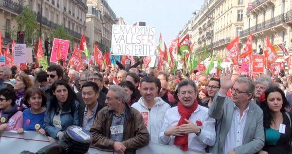 Des milliers de manifestants de gauche contre l'austérité, pour l'égalité et le partage des richesses