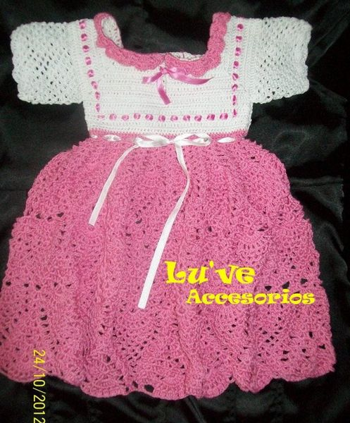 Robe fillette au crochet , pas à pas en images !
