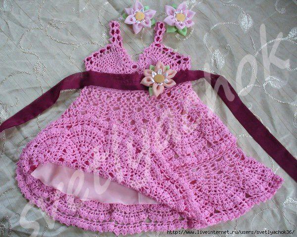 Robe pour fille de 2 ans et ses grilles gratuites !