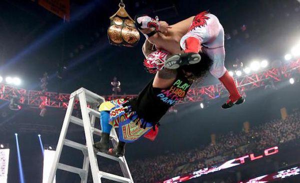 Et le WWE Match de l'année 2015 est...