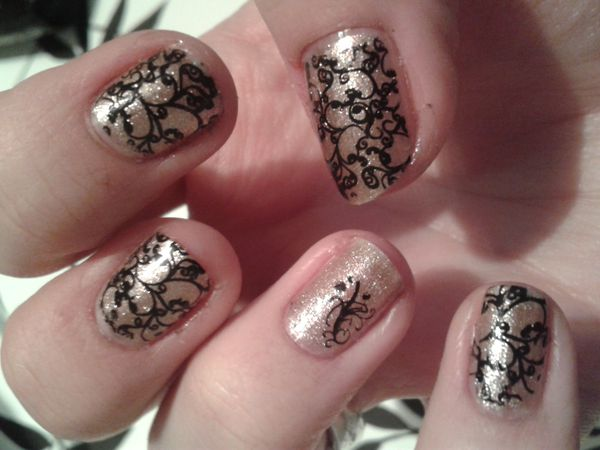 Nail Art Stamping &quot&#x3B;arabesques toujours&quot&#x3B;