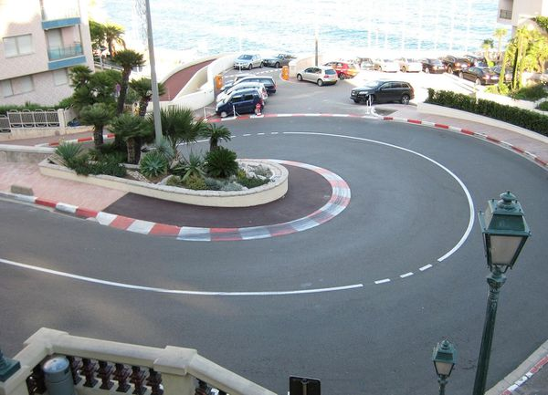 Virage en épingle à cheveux du circuit du Grand Prix de Monaco.