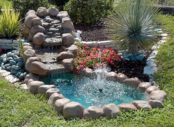 Come costruire i laghetti da giardino la guida al for Laghetto giardino plastica