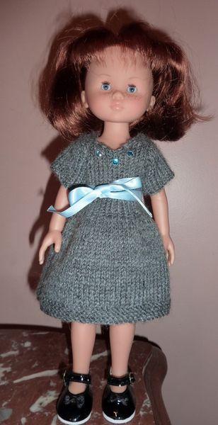 Robe pour poupée Chérie