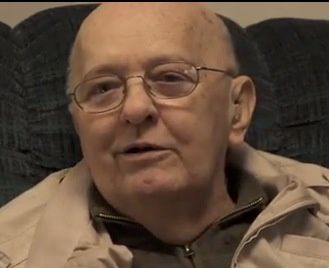 Cet ex agent de la CIA menacé brise le silence sur les extraterrestres