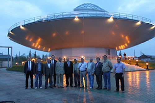 Ce bâtiment en forme de soucoupe volante à Khandyga en Russie