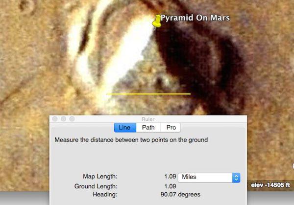 Découverte d'une pyramide sur Mars avec Google