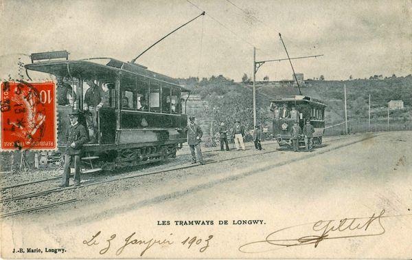 L'image ici est une vue ancienne, une scène figée, à Longwy, en 1903.