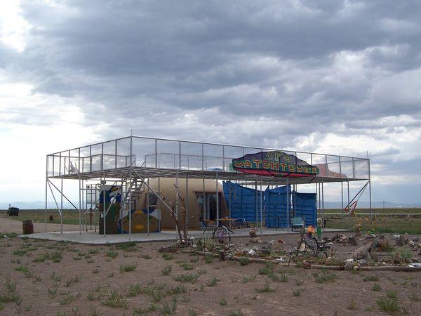 """Photo : la """"Ufo Watch Tower"""" à Hooper, endroit consacré aux ovnis..."""