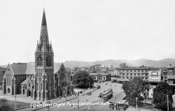 La photo ici est une vue ancienne, une scène figée, à Christchurch, en Nouvelle-Zélande.