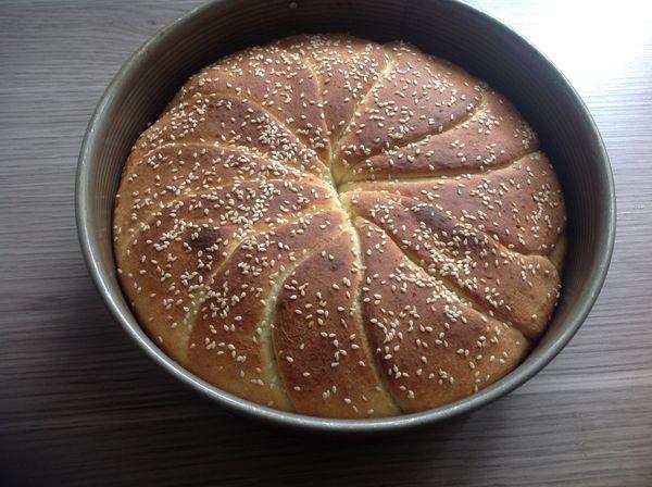 Pain au beurre. خبز بالزبدة
