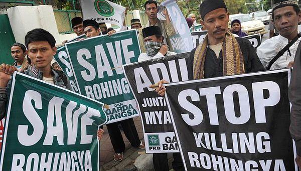 Birmo : 2.000 Rohingjoj sukuritaj marvaste de Indonezio kaj Malajzio