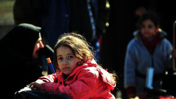 Sirio : dekoj da miloj da Sirianoj survoje al Turkio