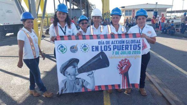 Foto : en Acajutla en Salvadoro