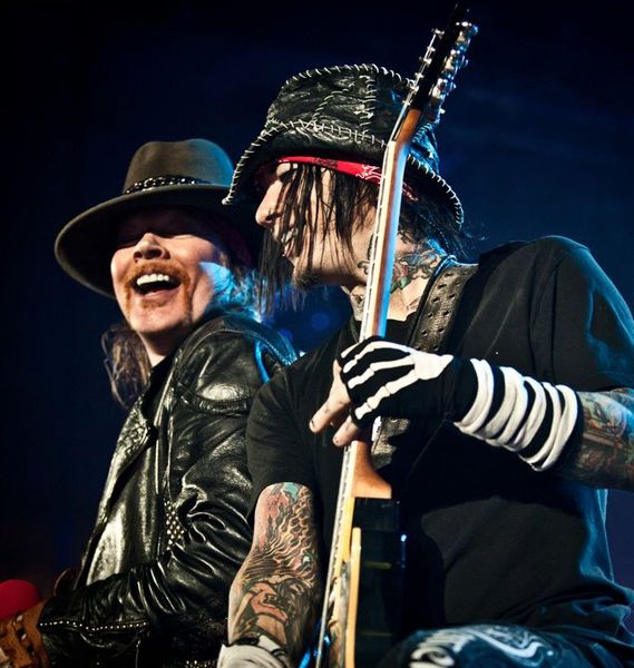 D.J Ashba quitte Guns N' Roses