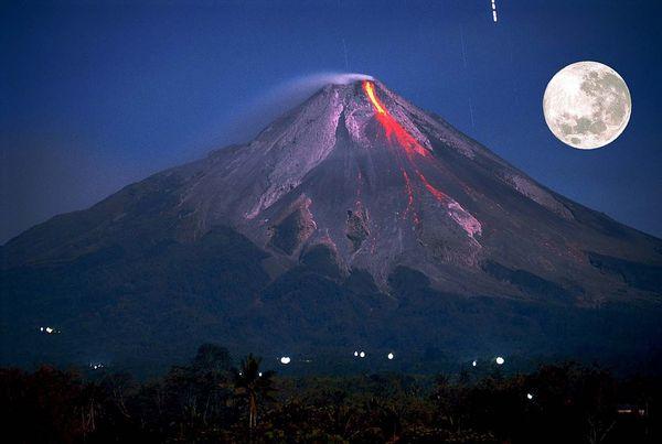 Volcans de la décennie : Le Merapi
