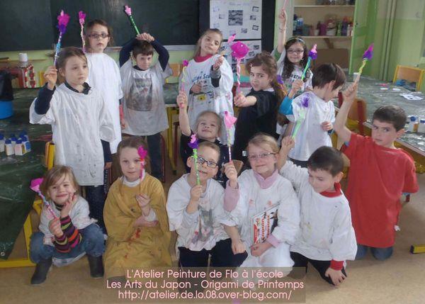 Les artistes de l'école de Donchery et &quot&#x3B;l'Origami fleuri&quot&#x3B;