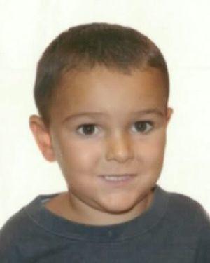 La Interpol busca a un niño británico al que sus padres &quot&#x3B;Testigos de Jehova&quot&#x3B; sacaron del hospital