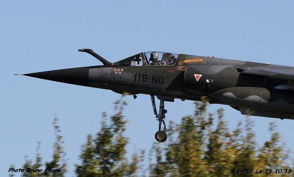 Intéressante image d'un Mirage F1-CR