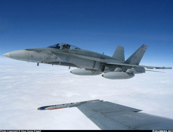 Le Canada va envoyer ses CF-18 Hornet en Pologne