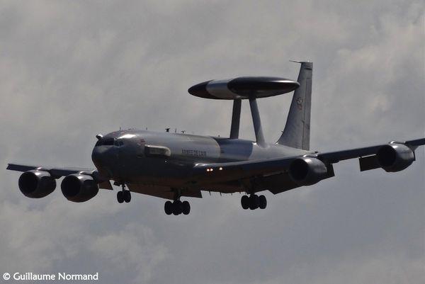 Un E-3F AWACS de l'Armée de l'Air a commencé ses opérations au-dessus de l'Irak