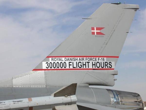 Les F-16 de l'Armée de l'Air Royale Danoise ont franchi le cap des 300 000 heures de vol