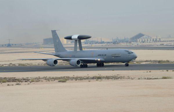 La France redéploie un E-3F AWACS au sein de l'opération Chammal
