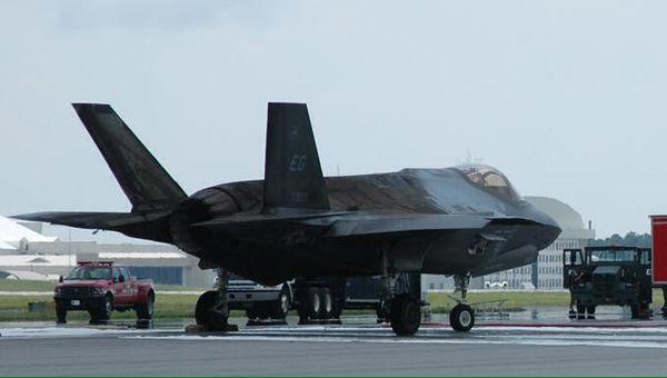 La réparation du F-35A qui avait pris feu va coûter près de 45 000 000 d'euros