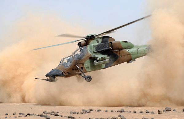 Photo : (c) EMA / Armée de Terre - Décollage d'un Tigre HAD lors d'un exercice à Djibouti.