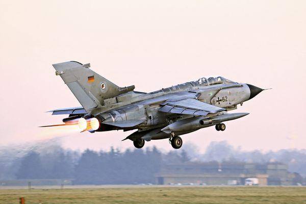Photo : © Bundeswehr - Décollage d'un Tornado ECR pour la Turquie.
