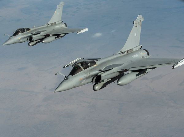 Photo : ©US Air Force - Deux Rafale M en mission au-dessus de l'Irak.