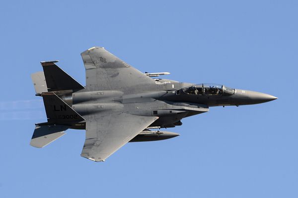 Photo : © USAF - Break à droite d'un F-15E Strike Eagle du 48th FW.