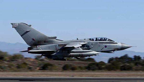 Photo : © UK MoD - Décollage d'un Tornado GR.4 depuis la base aérienne d'Akrotiri.