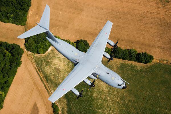 © R. Nicolas-Nelson / Armée de l'Air - Un A400M en répétition pour le défilé du 14 juillet.