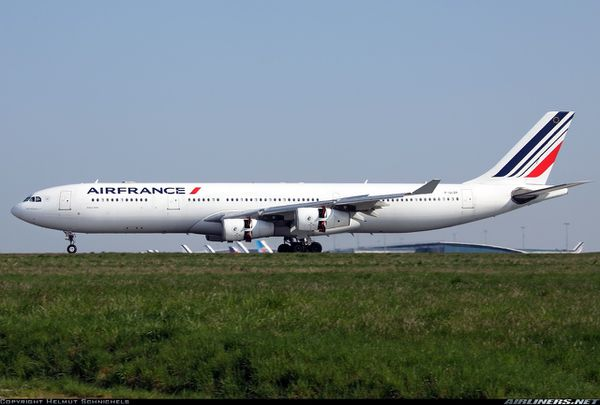 Un Airbus A340 immobilisé pour menaces terroristes