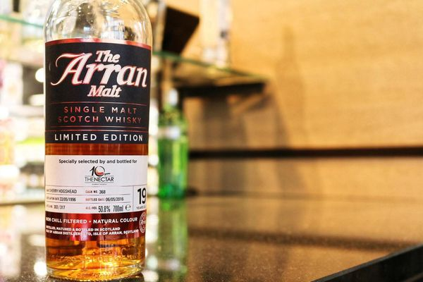 Arran 19 ans Specially selected by and bottled for 10 year The Nectar, 1996/2016, 50.8% (OB)