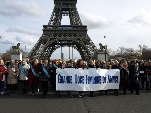 Contre la loi anti-IVG