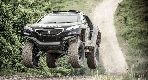 OFFICIAL VIDEO PEUGEOT 2008 DKR DAKAR
