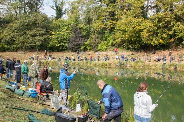 L'étang « Aux 7 chênes » ferme